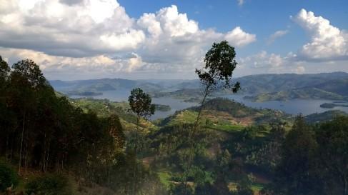 Meandering lake Bunyonyi