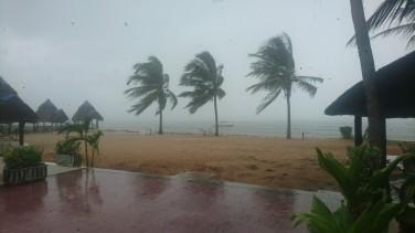 Dar es Salaam rains and wind